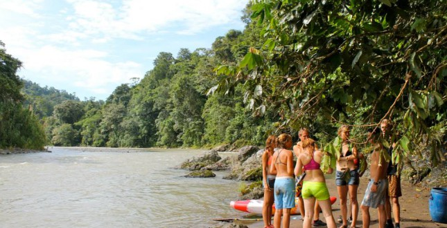 Standing next to the river Pacuare