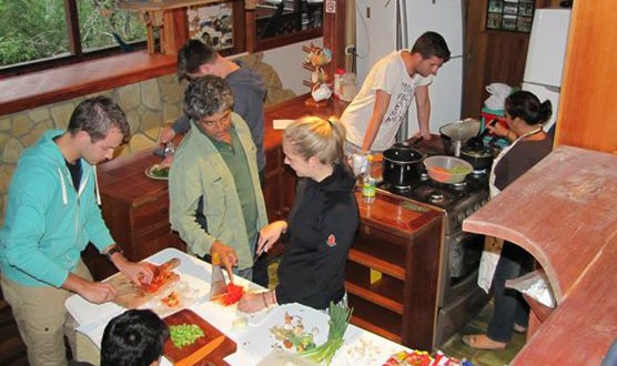 Community kitchen in Turrialba hostel