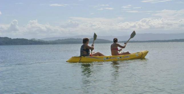 Spanish & Sea Kayak - Bocas del Toro