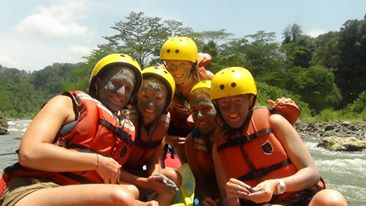 Experience the Pacuare River!