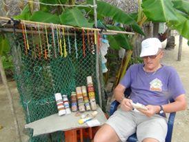 Local Kuna arts and crafts