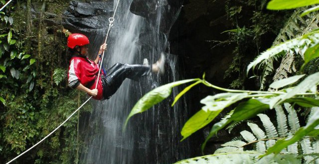 Waterfall Rappelling in Turrialba - Costa Rica