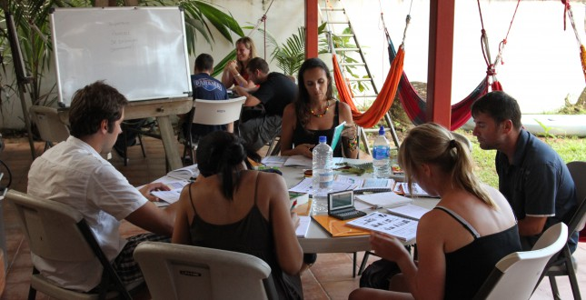 Why study indoors? Spanish by the Sea - Bocas