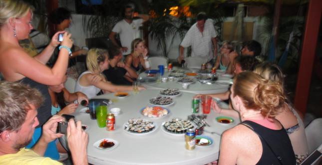 Family dinner-Bocas
