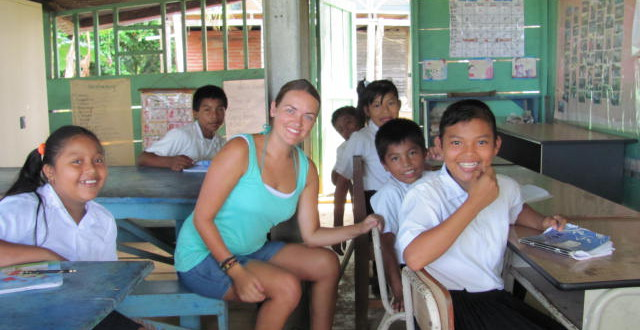 Volunteer for free in Bocas del Toro