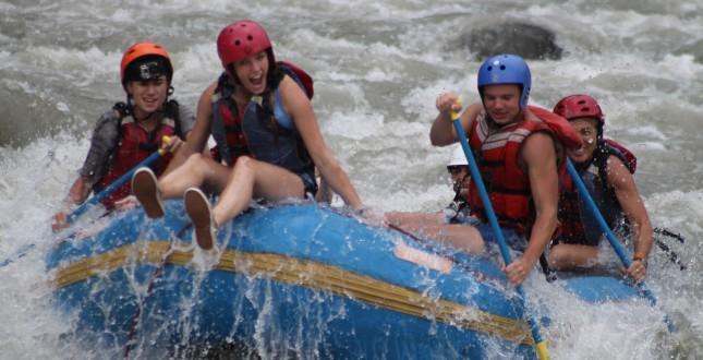 River Raft the Pacuare - Turrialba