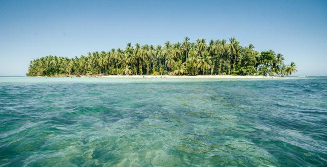 Zapatillas Island in Bocas del Toro