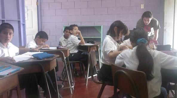 Teaching English as free volunteer job