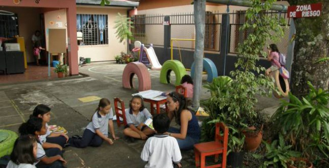 Volunteer Work at School in Turrialba